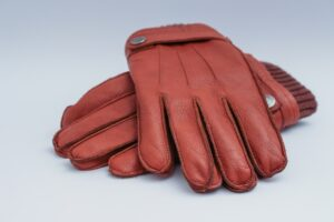Are leather gloves warm enough? Here's the truth