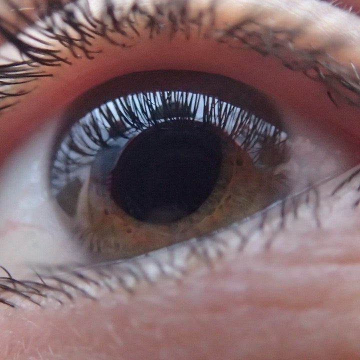 How To Get Rid Of Clumps In Mascara?