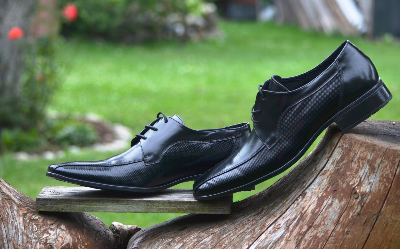 5 ways to prevent leather shoes from smelling