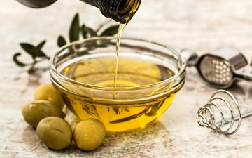 Can Cooking Olive Oil Be Used For Hair?
