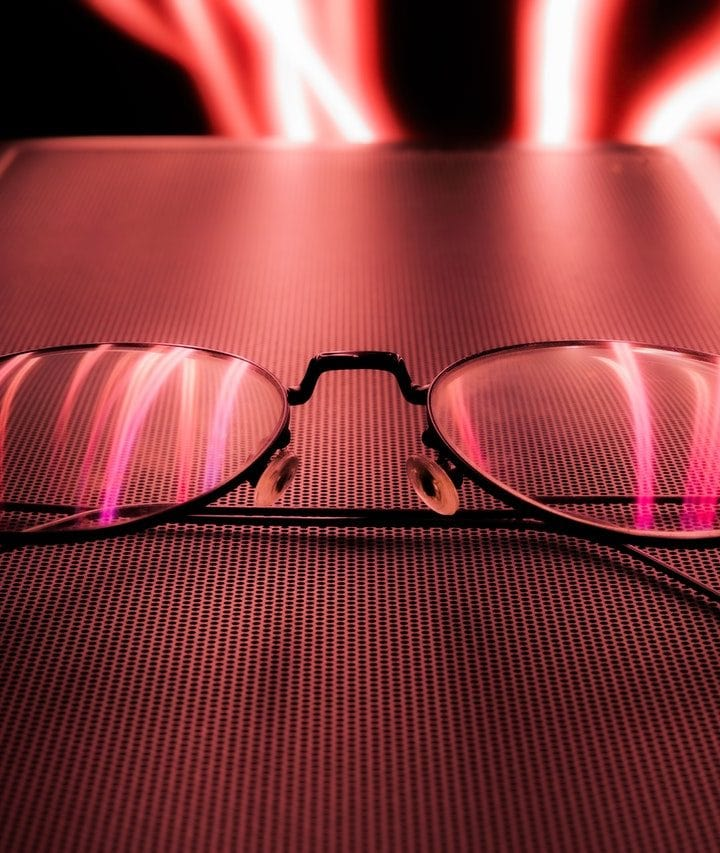 Do Glasses Make You Look More Attractive – A Guide For Men